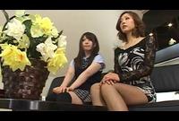 客が押し寄せる母娘部屋…4